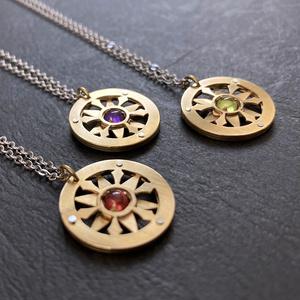 〈金星晶〉真鍮×天然石ネックレス