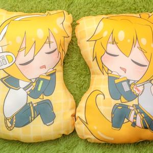 レンくんとネルちゃんのおやすみクッション