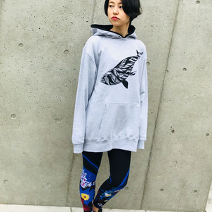セミクジラパーカー/グレー&ブラック