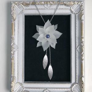 《リュミエの花》ペンダント