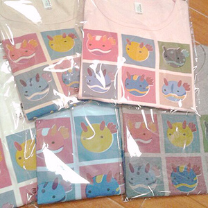 うみうすしTシャツ(版画風)