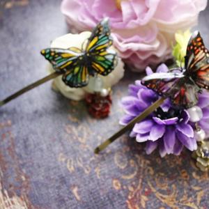 黒蝶のサイケデリカイメージヘアピン