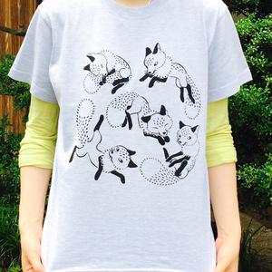 Tシャツ/キツネのお祭り