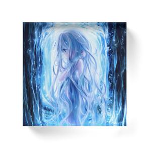 「森の中の泉と少女」アクリルブロック