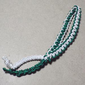 ブレスレットのようなヘアアクセサリー(白×緑)