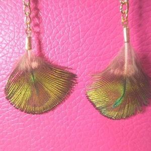 ゆれる孔雀の羽根ピアス♪くじゃくの羽本物ハンドメイドアクセサリーイヤリング女性用レディース鳥