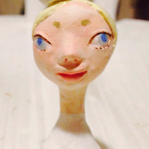 小さい人形 看護婦