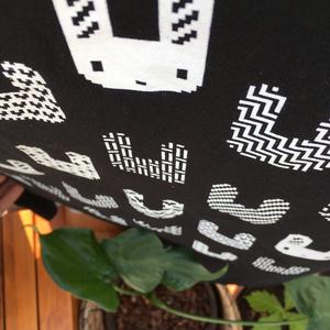 Bunnies - Tshirt - Black