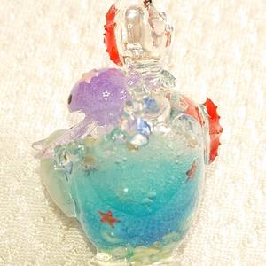 クラゲちゃんの魔法のボトル
