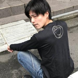 かばいの長袖Tシャツ