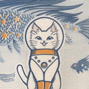 キャンバストートバッグLサイズ『白猫印の宇宙食 おさかな味』宇宙を旅する白猫マイカシリーズ