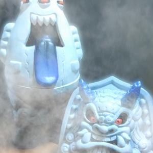 松村魂オリジナルソフビハロウィーン限定版「ゴースト怪獣ダスティ&松鬼(幽  ゆう)」