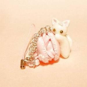 にゃんこのしっぽ○桜マカロンのストラップ〇白猫