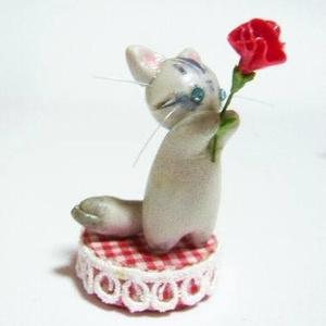 にゃんこのしっぽ〇母の日〇カーネーション〇猫〇チンチラシルバー