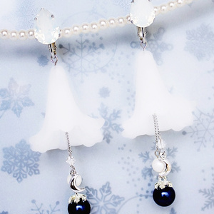 Snow lilyイヤリング