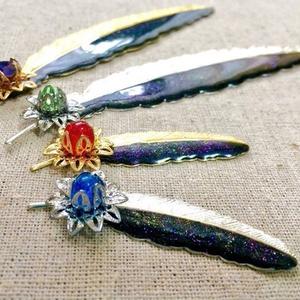 彩虹鳥の羽根ブローチ