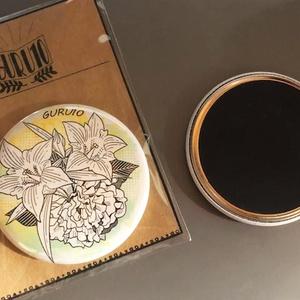 竜胆&芍薬57mm缶バッチ型マグネット