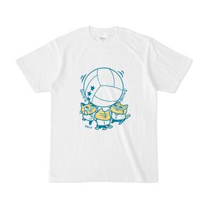 キンボールで遊ぶ猫Tシャツ(カラーイラストver)