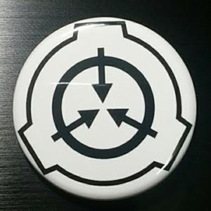 SCP財団ロゴ缶バッジ