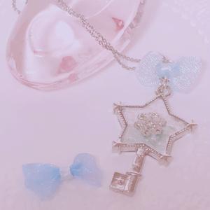 雪の鍵 ネックレス