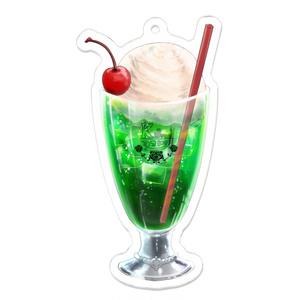 きるりあずのクリームソーダのアクキー