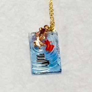 金魚の波紋 四角 ペンダントネックレス