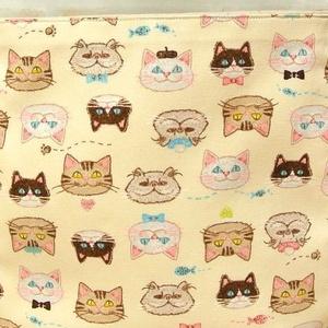 猫ちゃんの刺繍風♪ まるっぽいショルダーバッグ♪ 母の日にもどうぞ♪超軽量