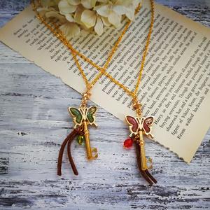 蝶と秘密の鍵*ネックレス