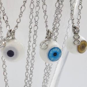 眼球と数字のネックレス