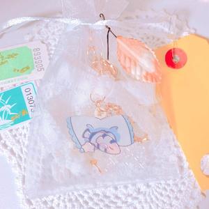江ノ島デートのお土産風バッグチャーム
