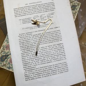 H.P.イメージ✳︎金のスニッチのブックマーカー