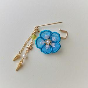 エルキドゥイメージ フワワの花ブローチ
