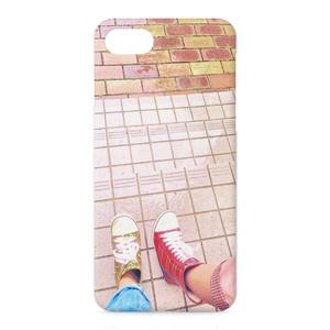 雨のおさんぽiPhoneケース