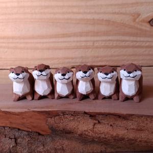 木彫りのちっこいカワウソ