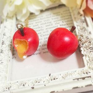 リンゴのペンダント