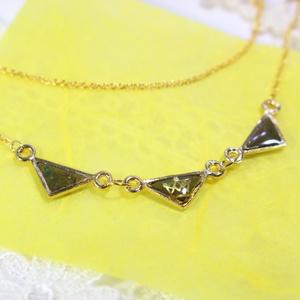 斑鳩三角 ネックレス