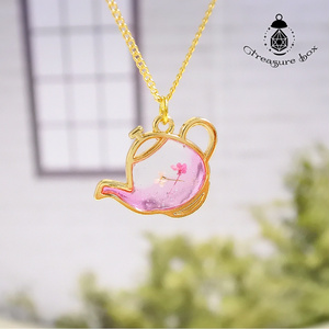 Sakura Flavored Tea ネックレス