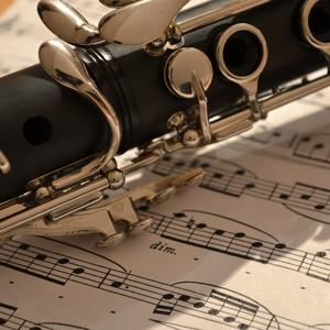 """バスクラリネットとピアノのための曲 """"~追悼~ダッラピッコラ"""" 音源ファイル"""