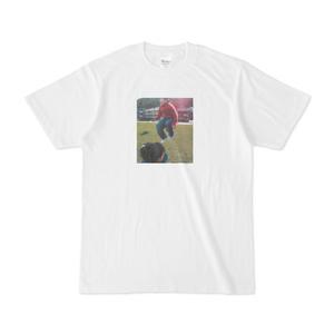 Tシャツ「外出先でできる!?自販機『だし』かけコンビニ飯・8種類」江ノ島さんジャンプ