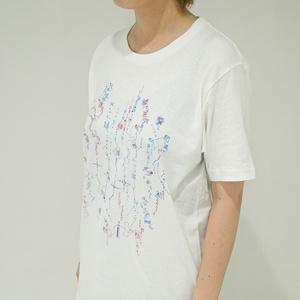 【予約期間:8/5~12】花譜「不可解」グッズ-「糸」リリックTシャツ