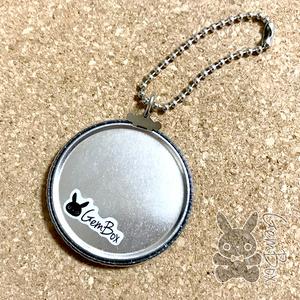 モナコインちゃん缶キーホルダー(ホログラム) 44mm