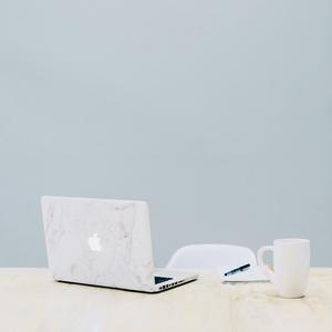 Apple on the desk. iPhoneケース