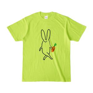 可愛いうさぎのTシャツ