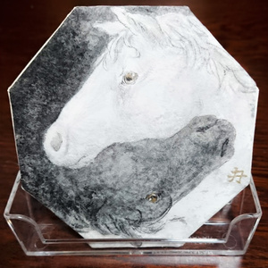 Black and white horse coaster style painting 白黒 馬 コースター型絵画