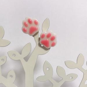 肉球ピアス(イヤリング)白猫ver.