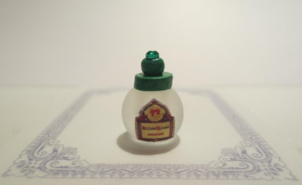 ミニチュア グリーン蓋香水瓶