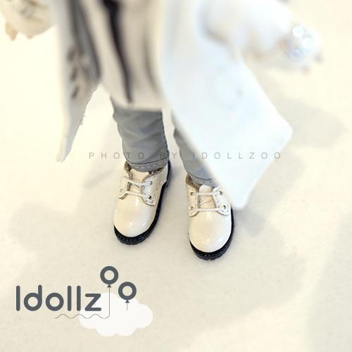 オビツ11 靴  洋服の靴(素足でしか着られない)