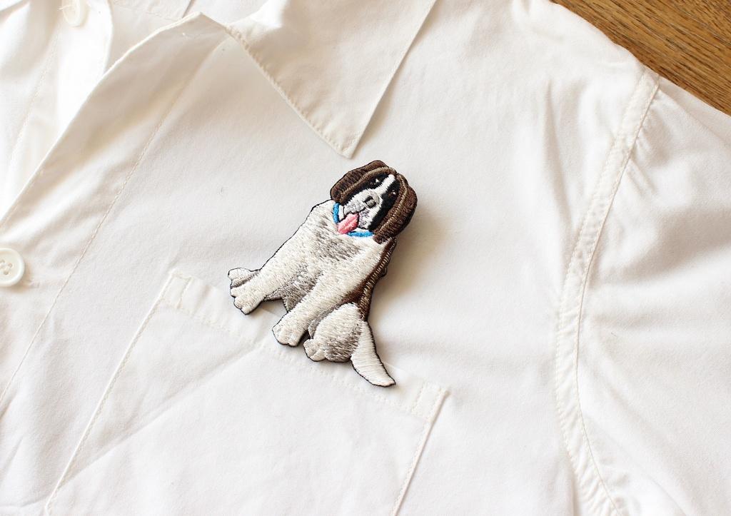 刺繍ブローチ  デトロイト:スモウ